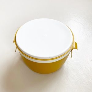 Vintage Kitchen - Vintage Sunfrost Therm-o-ware Serving bowl Yellow